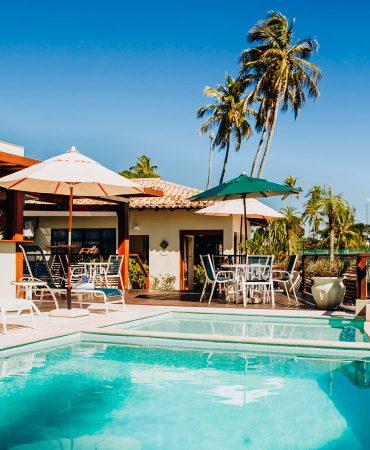 Piscina e Bar - Hotel Fita Azul Ilhabela