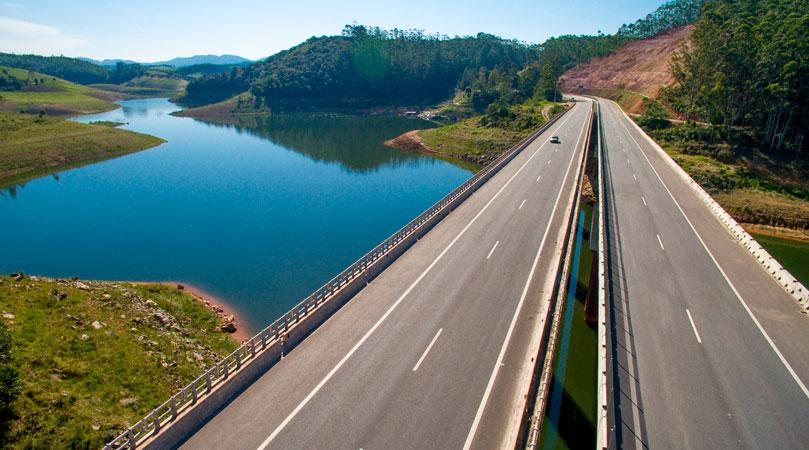 Rodovia dos Tamoios - Como chegar em Ilhabela - Hotel Fita Azul